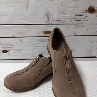 Primary Photo - BRAND: NATURALIZER STYLE: SHOES FLATS COLOR: BROWN SIZE: 7 OTHER INFO: SUEDE SKU: 150-150119-8662