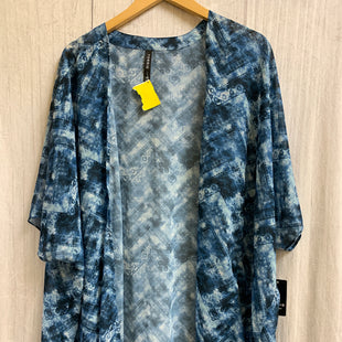Primary Photo - BRAND: TORRID STYLE: SHAWL COLOR: BLUE WHITE SIZE: XL OTHER INFO: NEW! SKU: 150-150154-2833