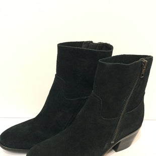 Primary Photo - BRAND: UGG STYLE: BOOTS DESIGNER COLOR: BLACK SIZE: 7 SKU: 150-15047-148778SUEDE
