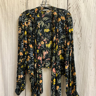 Primary Photo - BRAND:    CLOTHES MENTOR STYLE: SHAWL COLOR: BLACK SIZE: ONESIZE OTHER INFO: PARTONS OF PEACE - FLOWERS SKU: 150-15047-149667