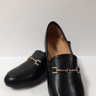 Primary Photo - BRAND: CLOUDWALKERS STYLE: SHOES FLATS COLOR: BLACK SIZE: 7 OTHER INFO: GOLD CHAIN SKU: 150-150154-3685