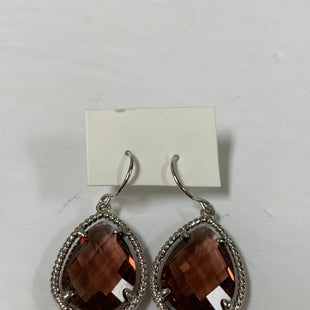 Primary Photo - BRAND:    CLOTHES MENTOR STYLE: EARRINGS COLOR: BURGUNDY SIZE: 2 OTHER INFO: SILVER/WINE SKU: 150-150119-10324
