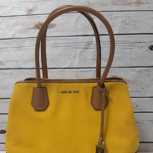 Primary Photo - BRAND: MICHAEL KORS STYLE: HANDBAG DESIGNER COLOR: MUSTARD SIZE: MEDIUM OTHER INFO: CANVAS SKU: 150-150135-109113X5.5X10 INCHES
