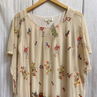 Primary Photo - BRAND:    CLOTHES MENTOR STYLE: TOP SHORT SLEEVE COLOR: CREAM SIZE: XL OTHER INFO: CLEO KAI - NEW! FLORAL EMBROIDERY SKU: 150-150135-3328LINED