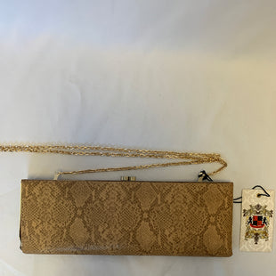 Primary Photo - BRAND:    CLOTHES MENTOR STYLE: CLUTCH COLOR: SNAKESKIN PRINT OTHER INFO: BROWN SKU: 150-15047-137211