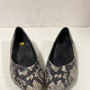 Primary Photo - BRAND: VIONIC STYLE: SHOES FLATS COLOR: SNAKESKIN PRINT SIZE: 7 OTHER INFO: POINTED TOE SKU: 150-150154-2110