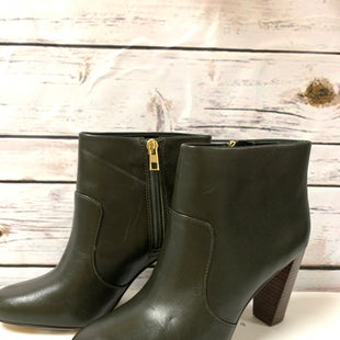 Primary Photo - BRAND: ANN TAYLOR STYLE: BOOTS ANKLE COLOR: FOREST SIZE: 6.5 OTHER INFO: NEW! SKU: 150-150112-216413 1\2 INCHES