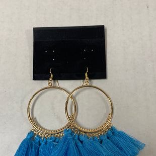 Primary Photo - BRAND:    CLOTHES MENTOR STYLE: EARRINGS COLOR: GOLD OTHER INFO: BLUE FRINGE SKU: 150-150112-26235
