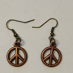 Primary Photo - BRAND:    CLOTHES MENTOR STYLE: EARRINGS COLOR: BRONZE SIZE: 2 OTHER INFO: PEACE SIGNS SKU: 150-150119-10363