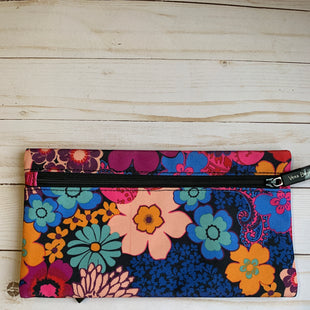 Primary Photo - BRAND: VERA BRADLEY STYLE: ACCESSORY TAG COLOR: FLORAL OTHER INFO: PENCIL OR MAKEUP CASE SKU: 150-150131-1163010X5 1/2