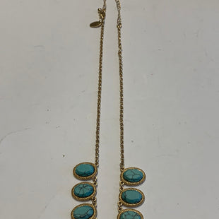 Primary Photo - BRAND: CHARMING CHARLIE STYLE: NECKLACE COLOR: GOLD OTHER INFO: BLUE SKU: 150-150112-2620810 INCHES