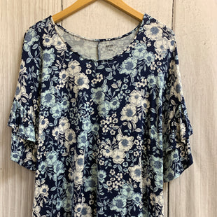 Primary Photo - BRAND: ANA STYLE: TOP SHORT SLEEVE COLOR: BLUE WHITE SIZE: XL OTHER INFO: FLORAL/PUFFY SLEEVE SKU: 150-150154-2414