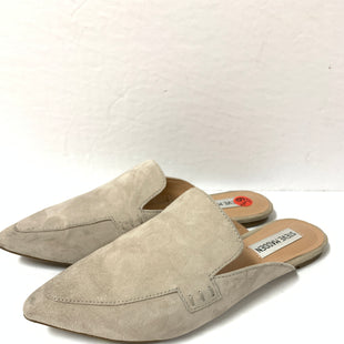 Primary Photo - BRAND: STEVE MADDEN STYLE: SHOES FLATS COLOR: GREY SIZE: 6.5 OTHER INFO: AS IS/ POINTED TOE SKU: 150-150112-22766SUEDE