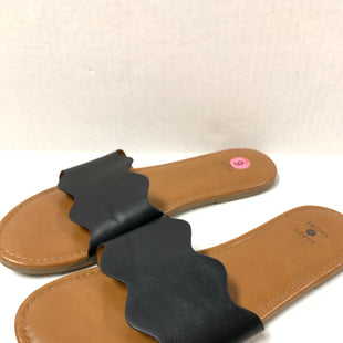 Primary Photo - BRAND:    CLOTHES MENTOR STYLE: SANDALS FLAT COLOR: BLACK SIZE: 9 OTHER INFO: SHADE & SHORE - SKU: 150-15098-38965