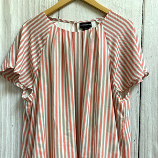 Primary Photo - BRAND: LIZ CLAIBORNE STYLE: TOP SHORT SLEEVE COLOR: PINK SIZE: 1X OTHER INFO: PINK/WHITE/ELASTIC AROUND BOTTOM SKU: 150-150119-10160