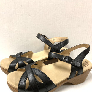 Primary Photo - BRAND: DANSKO STYLE: SANDALS LOW COLOR: BLACK SIZE: 9 SKU: 150-150135-2983