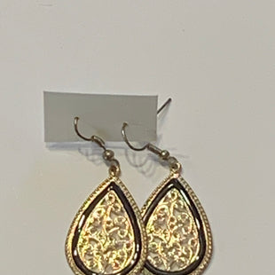 Primary Photo - BRAND:    CLOTHES MENTOR STYLE: EARRINGS COLOR: GOLD SIZE: 2 OTHER INFO: GOLD/BLACK SKU: 150-150119-10316