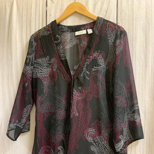 Primary Photo - BRAND: CHICOS STYLE: SHAWL COLOR: BLACK WHITE SIZE: M OTHER INFO: PURPLE SKU: 150-15047-149052SHEER