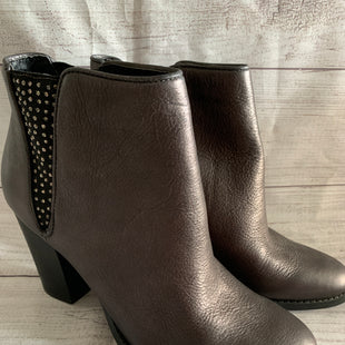 Primary Photo - BRAND: REBA STYLE: BOOTS ANKLE COLOR: GREY SIZE: 9.5 SKU: 150-15047-136268LIKE NEW