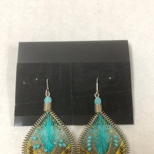 Primary Photo - BRAND:    CLOTHES MENTOR STYLE: EARRINGS COLOR: TEAL SIZE: 2 OTHER INFO: TEAL/YELLOW DANGLE EARRINGS SKU: 150-15047-150833