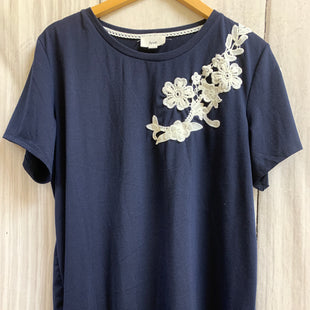 Primary Photo - BRAND:    CLOTHES MENTOR STYLE: TOP SHORT SLEEVE COLOR: NAVY SIZE: XL OTHER INFO: FYVE - SKU: 150-150112-25716