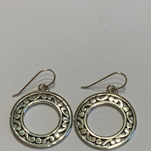 Primary Photo - BRAND:    CLOTHES MENTOR STYLE: EARRINGS COLOR: SILVER OTHER INFO: CIRCLES SKU: 150-150112-26224