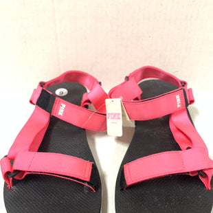 Primary Photo - BRAND: PINK STYLE: SANDALS FLAT COLOR: PINKBLACK SIZE: 9 SKU: 150-150112-24756