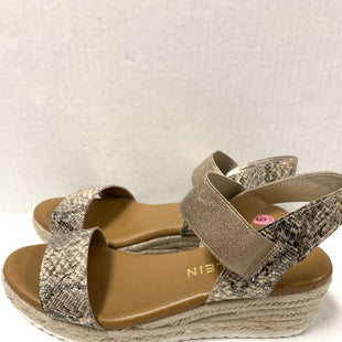 Primary Photo - BRAND: ANNE KLEIN STYLE: SANDALS LOW COLOR: ANIMAL PRINT SIZE: 9 SKU: 150-150119-9536