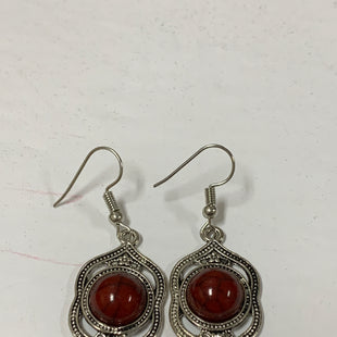 Primary Photo - BRAND:    CLOTHES MENTOR STYLE: EARRINGS COLOR: SILVER SIZE: 2 OTHER INFO: RED STONE IN CENTER/LONG SKU: 150-150119-10380