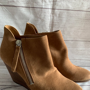 Primary Photo - BRAND: JESSICA SIMPSON STYLE: BOOTS ANKLE COLOR: CAMEL SIZE: 10 OTHER INFO: SIDE ZIPPER SKU: 150-150112-17794SUEDE NEW