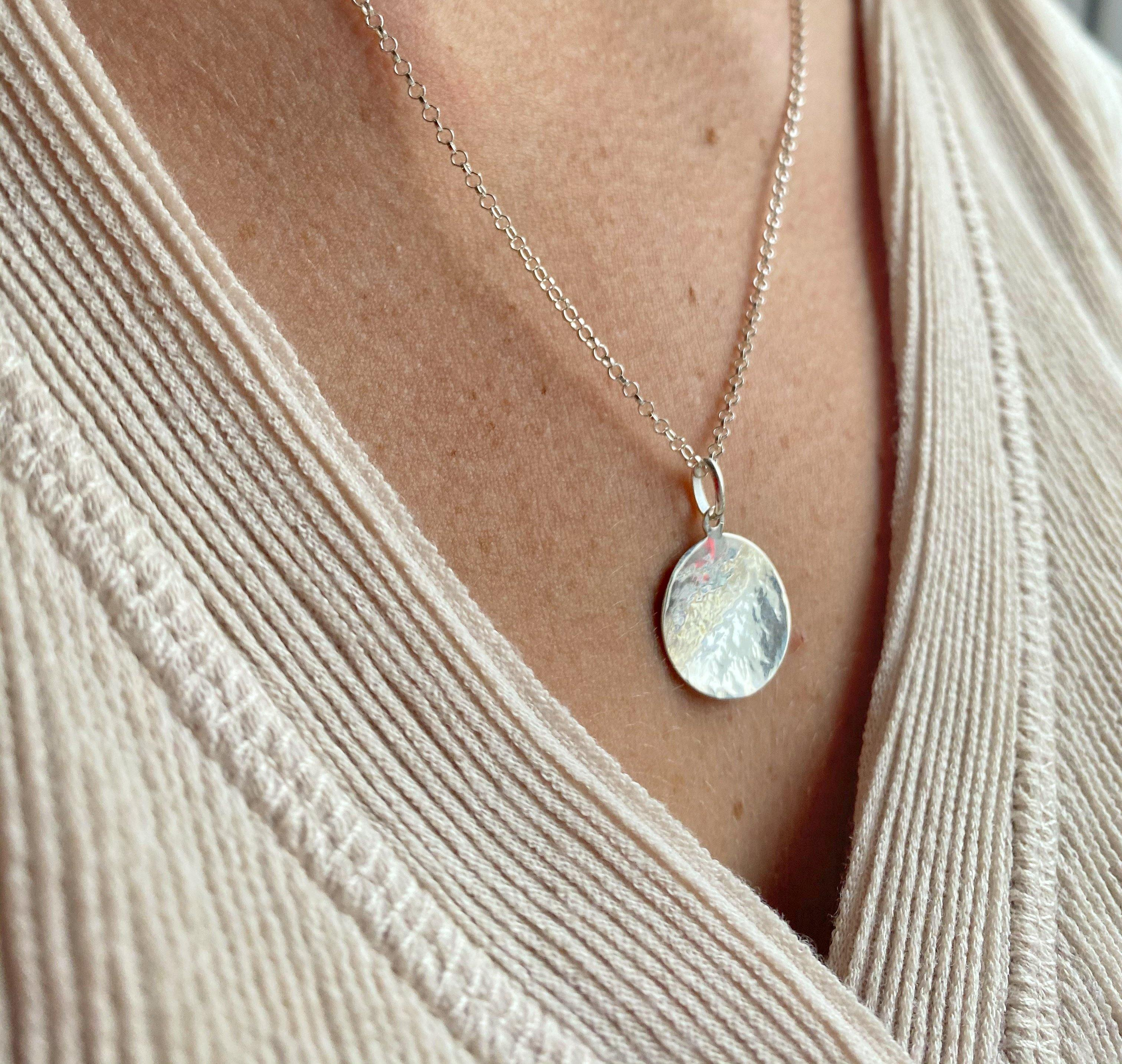 Sterling Silver Hammered Disc Necklace - The Jewellery Hut UK