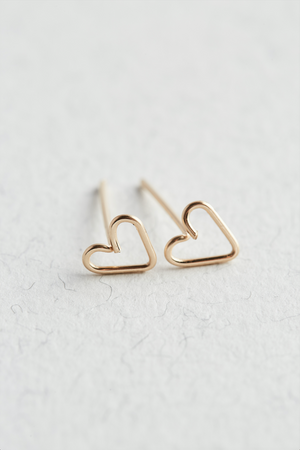 14k Gold Heart Stud Earrings - The Jewellery Hut UK
