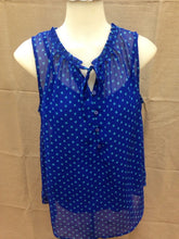Load image into Gallery viewer, Liz Claiborne Women's Sleeveless Shirt,  Blue with green polka dots, size M
