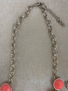 NY Brand Bib Style Salmon Color Plastic Jewel Necklace 18""