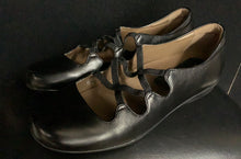 Load image into Gallery viewer, NEW Earthies Clare Mary Jane Women's Leather Black size 8