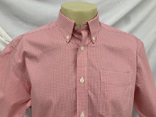 Load image into Gallery viewer, Mens Red Checked EDDIE BAUER Wrinkle Resistant Relaxed Fit Short Sleeve Shirt sz