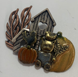 KC Hallmark Pin/Brooch Farm, Cat, Pumpkin