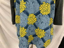 Load image into Gallery viewer, LuLaRoe Womens Long Sleeve Shirt 2XL Gray Sleeves yellow blue