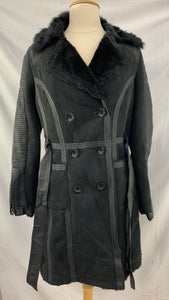 C Luce size M Black Women's Big Button Coat