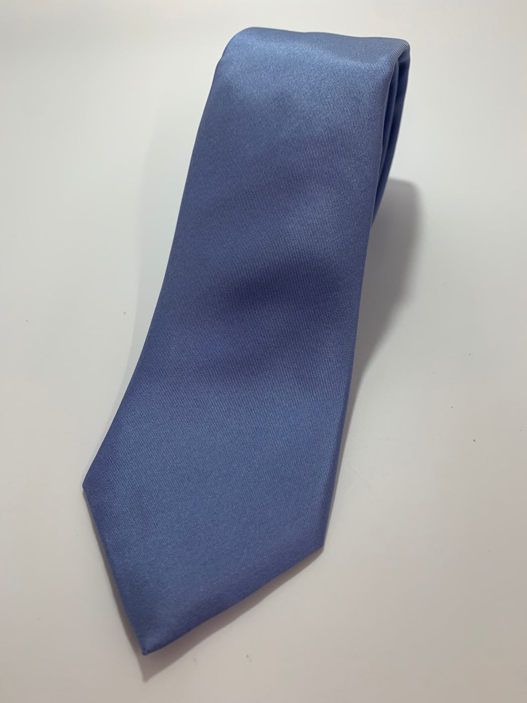 Kenneth Cole Slim Solid Blue 100% silk Tie 59