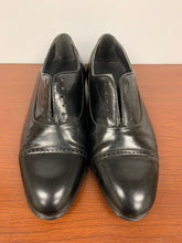 Load image into Gallery viewer, Thom McAn Men's Black Leather Shoes size 7