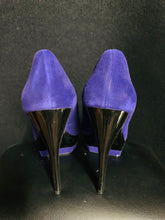 Load image into Gallery viewer, NEW Bakers Tenley Blue Suede Upper Leather Stiletto Heels Pumps Size 7 M