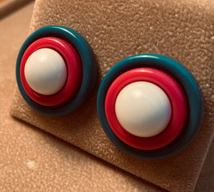 Vintage 80s Plastic Stack style Earring