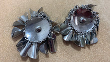Load image into Gallery viewer, Vinatge Silver Tone Metal Round Dangles Clip On Earrings