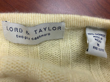 Load image into Gallery viewer, Lord and Taylor Cream Cashmere Sweater sz M
