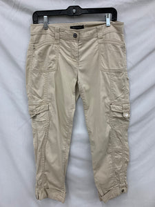 White House Black Market size 4 Beige Crop Leg Pants