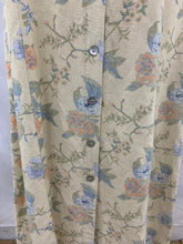 Load image into Gallery viewer, VALERIE STEVENS PETITES size 8P Summer Women's Long Dark Ivory Blue Pink Floral