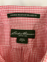 Load image into Gallery viewer, Descendent NYC Slim Fit Pink Printed Short Sleeve Button Front Shirt M