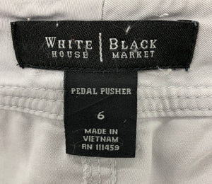 WHITE HOUSE BLACK MARKET Size 6 Cream Pedal Pushers