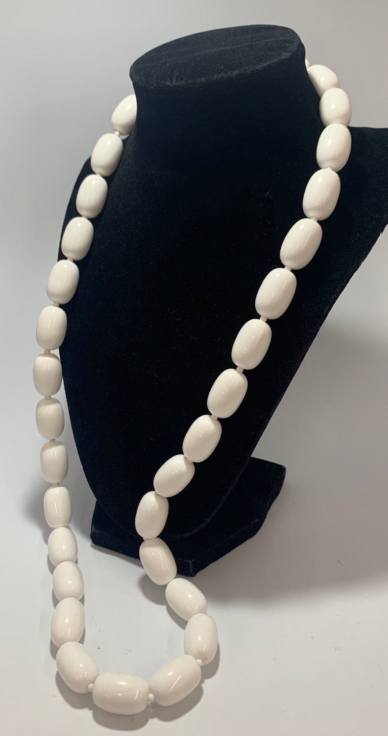 Vintage White Chunky Bead, Whit Spacer Necklace 30